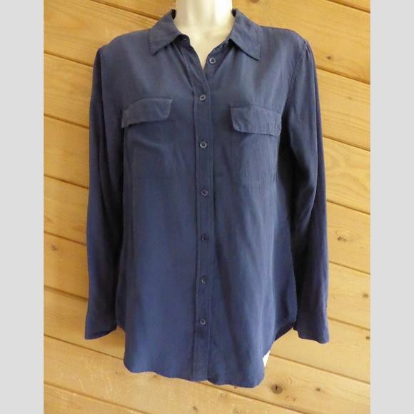 bf3f850344d4a Equipment Tops - Equipment Femme M Blue Silk Blouse Shirt  Stains